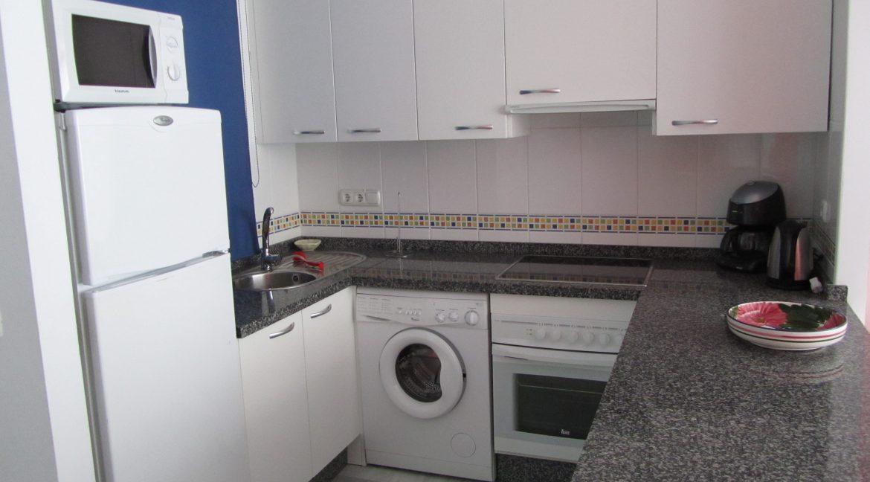 Apartments 1 158