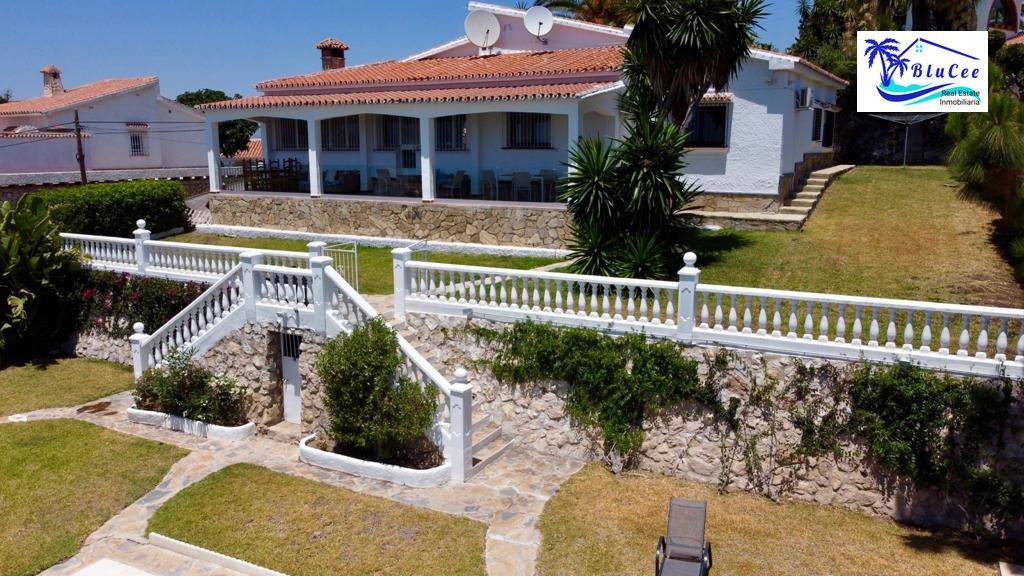 Watermarked photo Villa Eden108